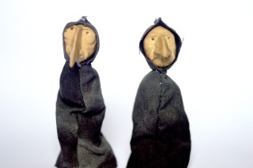 The Kings crones. Wire armature puppets